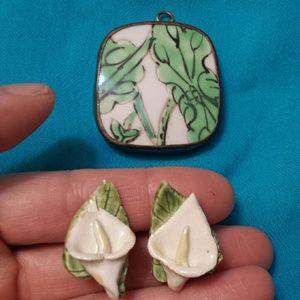 Vintage Ceramic Lily Earrings & Pendant